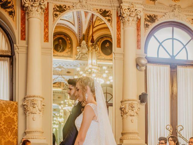 La boda de Jonatan y Lorena en Puerto De La Torre, Málaga 25