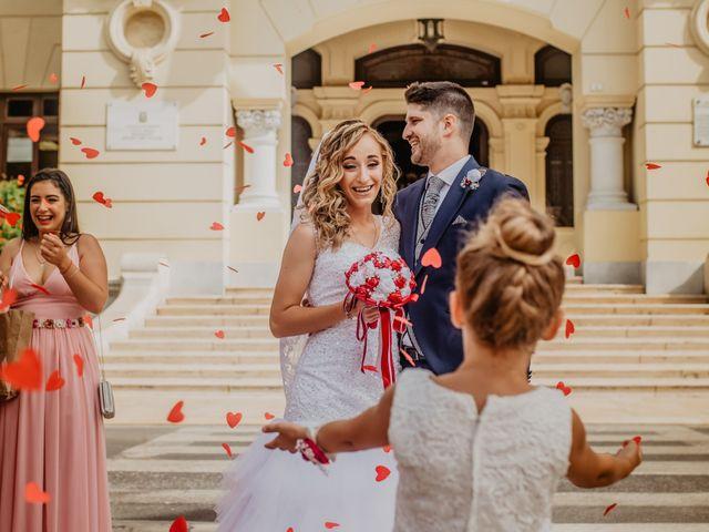 La boda de Jonatan y Lorena en Puerto De La Torre, Málaga 30