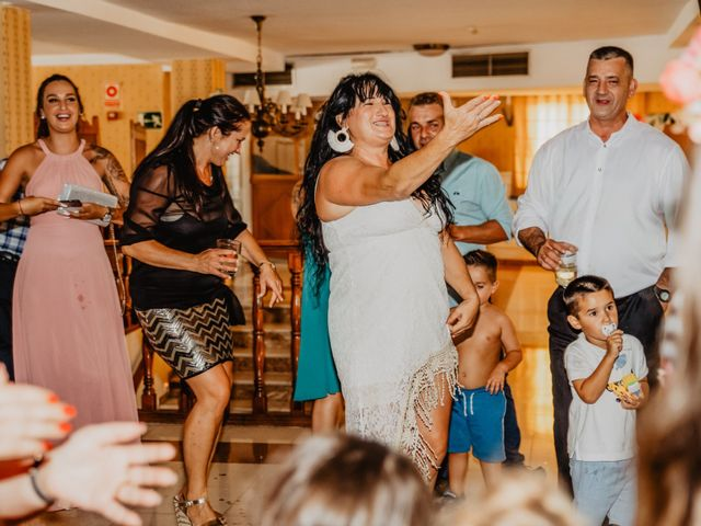 La boda de Jonatan y Lorena en Puerto De La Torre, Málaga 75