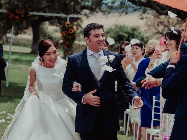 La boda de Gonzalo y Ayaka en Matilla De Los Caños, Salamanca 71