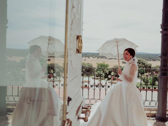 La boda de Gonzalo y Ayaka en Matilla De Los Caños, Salamanca 85