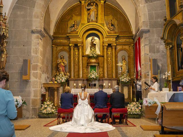 La boda de Olaia y Capi en Ferrol, A Coruña 22