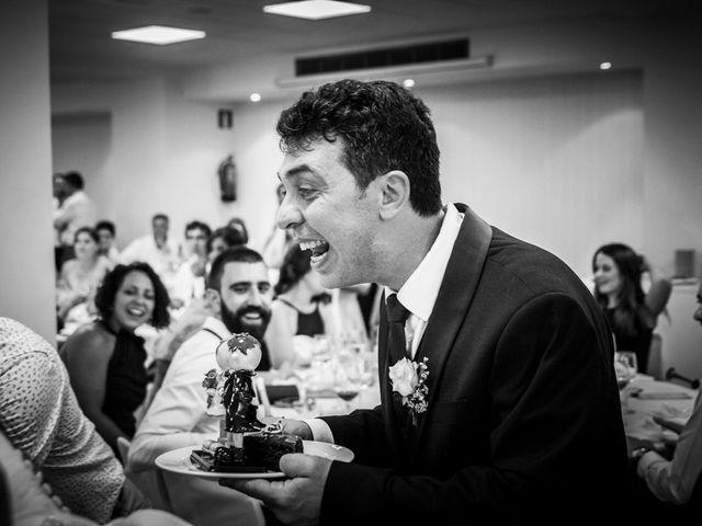 La boda de Nikos y Mari Luz en Bilbao, Vizcaya 15