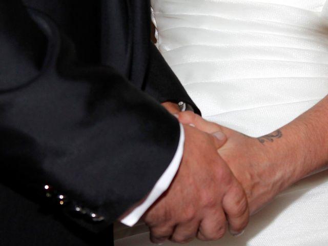 La boda de Luismi y Sara en Casar De Caceres, Cáceres 24
