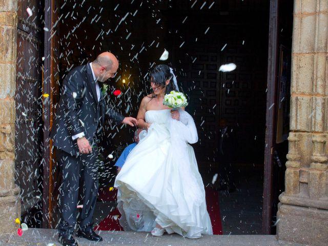 La boda de Luismi y Sara en Casar De Caceres, Cáceres 29