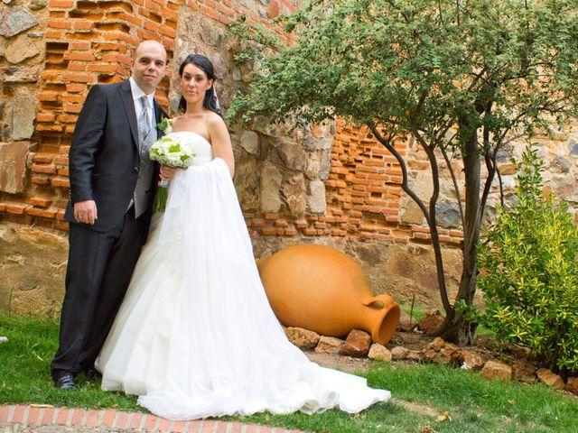 La boda de Luismi y Sara en Casar De Caceres, Cáceres 36