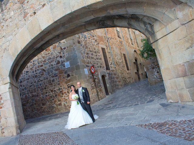 La boda de Luismi y Sara en Casar De Caceres, Cáceres 56
