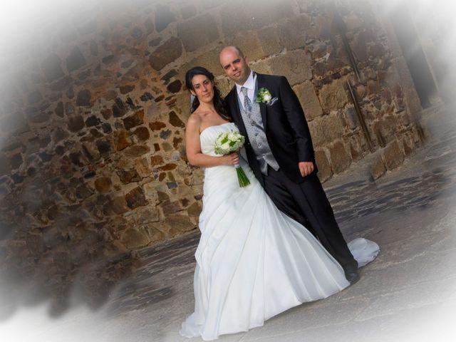 La boda de Luismi y Sara en Casar De Caceres, Cáceres 57