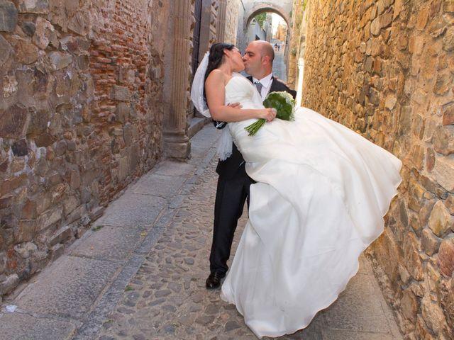 La boda de Luismi y Sara en Casar De Caceres, Cáceres 59