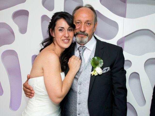 La boda de Luismi y Sara en Casar De Caceres, Cáceres 80