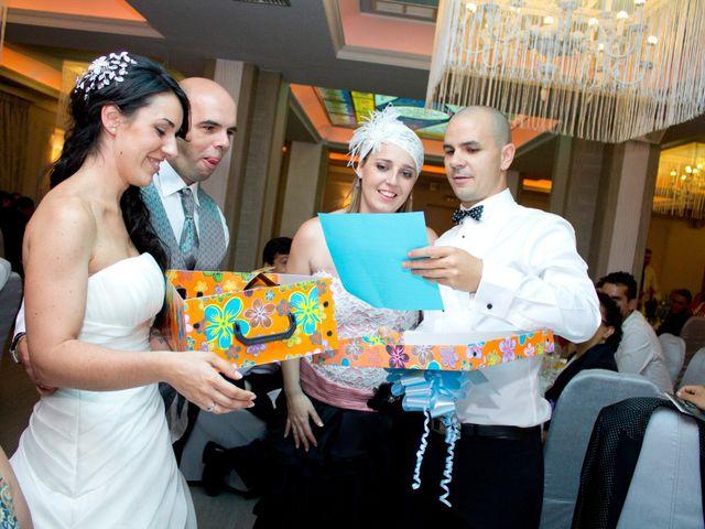 La boda de Luismi y Sara en Casar De Caceres, Cáceres 84