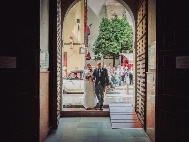La boda de Carlos y Lara en Sevilla, Sevilla 27