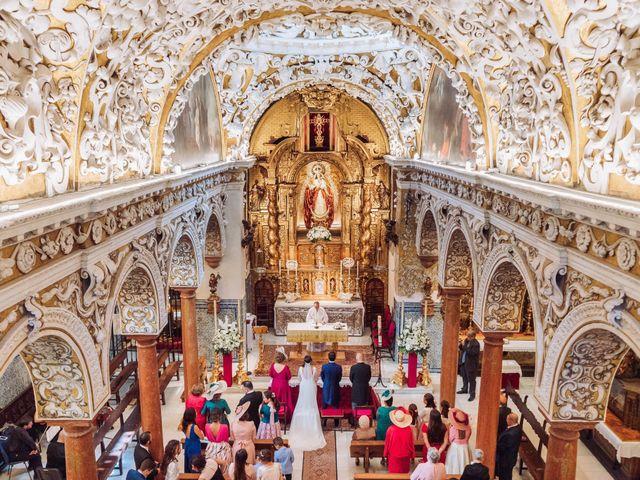La boda de Carlos y Lara en Sevilla, Sevilla 29
