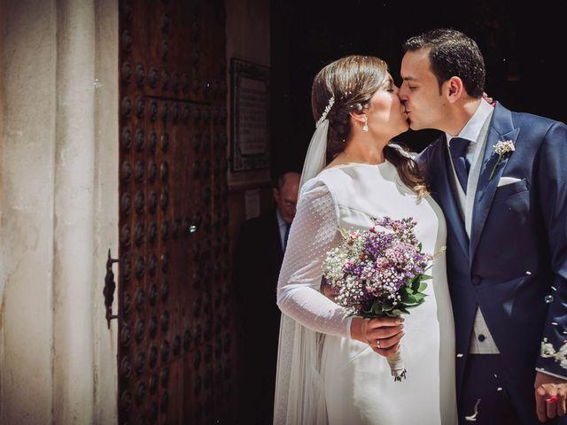 La boda de Carlos y Lara en Sevilla, Sevilla 32