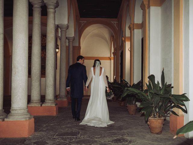 La boda de Carlos y Lara en Sevilla, Sevilla 37