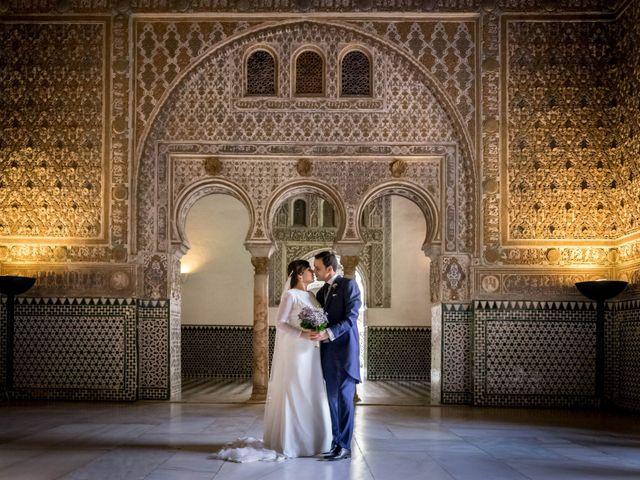 La boda de Carlos y Lara en Sevilla, Sevilla 40