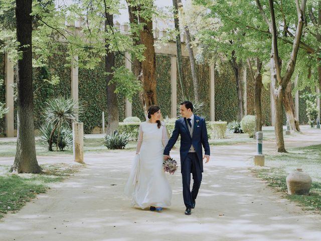 La boda de Carlos y Lara en Sevilla, Sevilla 45