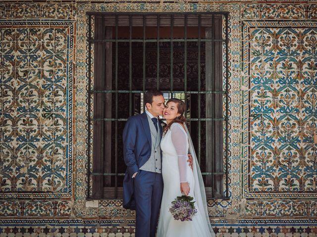 La boda de Carlos y Lara en Sevilla, Sevilla 47