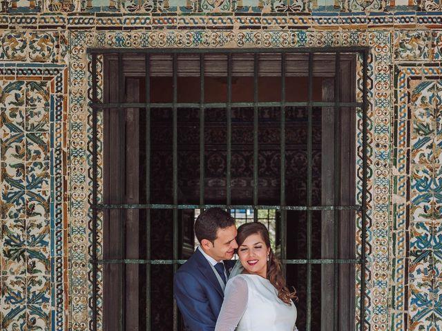 La boda de Carlos y Lara en Sevilla, Sevilla 48