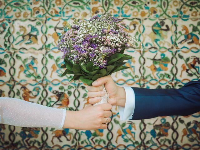 La boda de Carlos y Lara en Sevilla, Sevilla 53