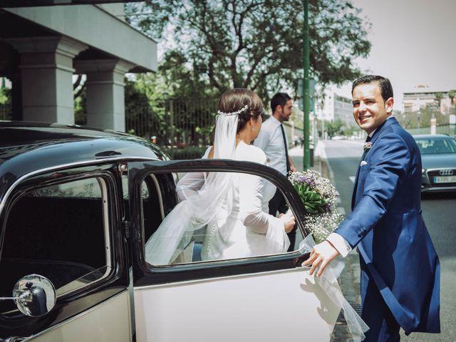 La boda de Carlos y Lara en Sevilla, Sevilla 55