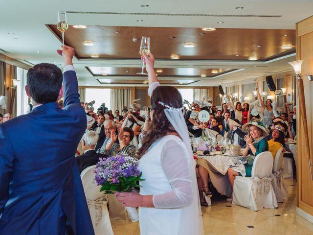 La boda de Carlos y Lara en Sevilla, Sevilla 65