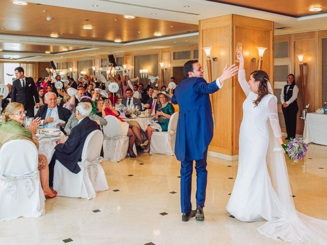 La boda de Carlos y Lara en Sevilla, Sevilla 66