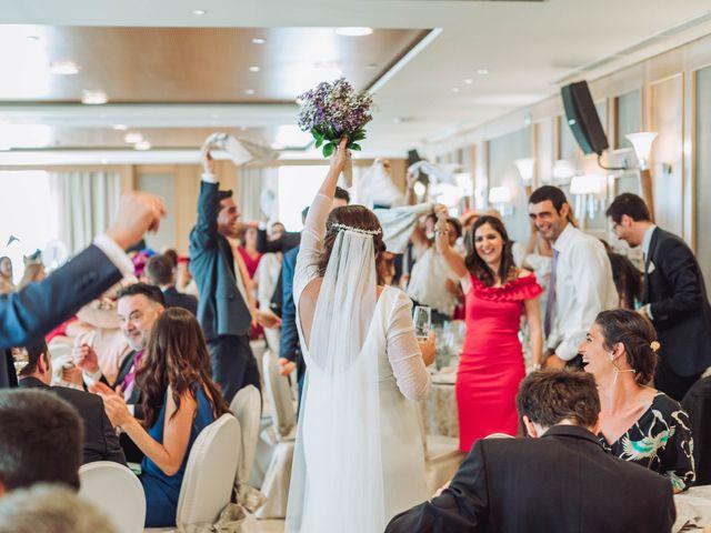 La boda de Carlos y Lara en Sevilla, Sevilla 68
