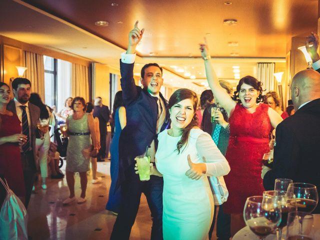 La boda de Carlos y Lara en Sevilla, Sevilla 80