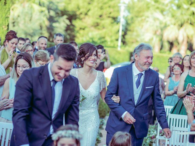 La boda de Rafa y Cristina en Castelló/castellón De La Plana, Castellón 37