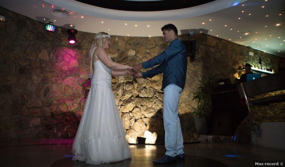 La boda de Carlos y Mary en Garraf, Barcelona