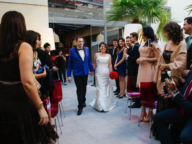 La boda de Santiago y Esther en Madrid, Madrid 8