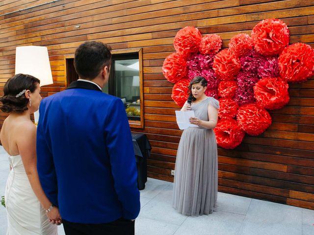 La boda de Santiago y Esther en Madrid, Madrid 13