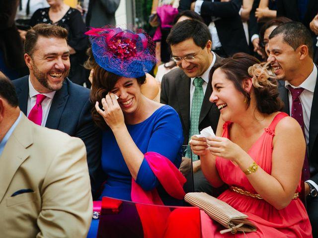 La boda de Santiago y Esther en Madrid, Madrid 15