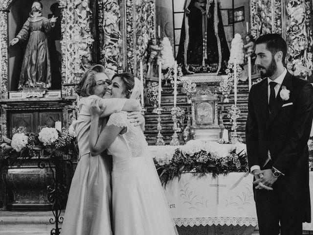 La boda de Carlos y Alejandra en A Coruña, A Coruña 27