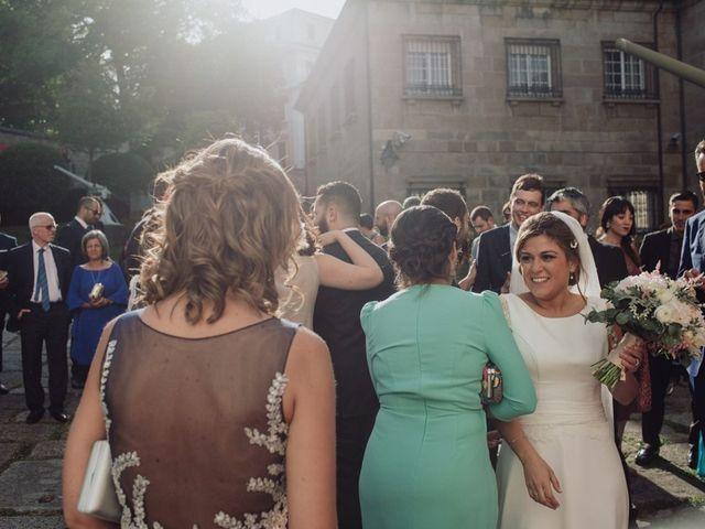 La boda de Carlos y Alejandra en A Coruña, A Coruña 34