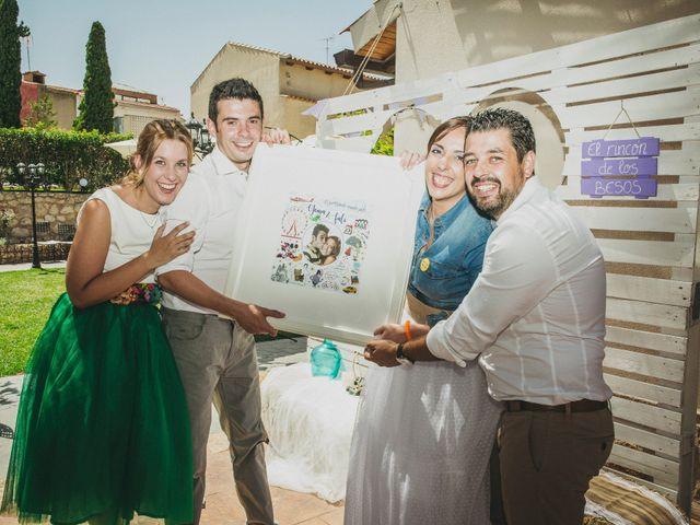 La boda de Marco y Mercedes en Villar De La Encina, Cuenca 32