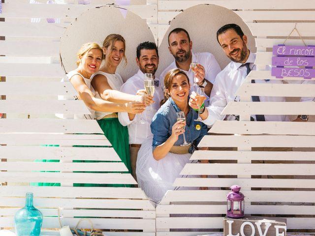 La boda de Marco y Mercedes en Villar De La Encina, Cuenca 36