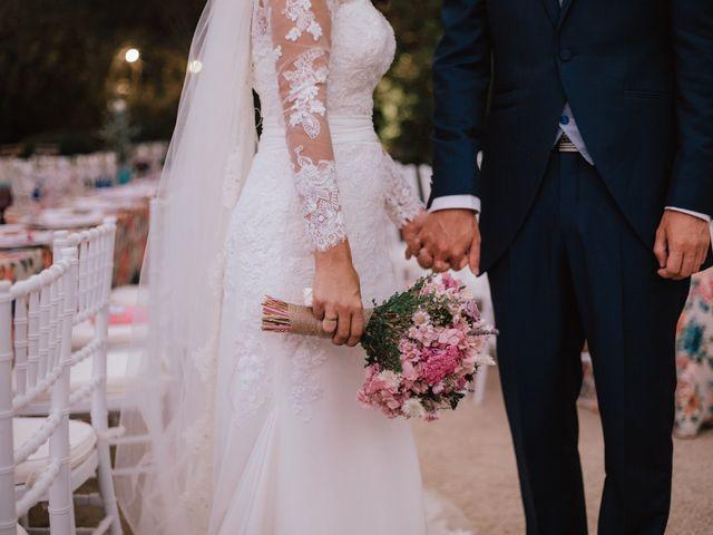 La boda de Alejandro y Isabel en La Roca De La Sierra, Badajoz 37