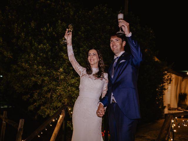 La boda de Alejandro y Isabel en La Roca De La Sierra, Badajoz 40