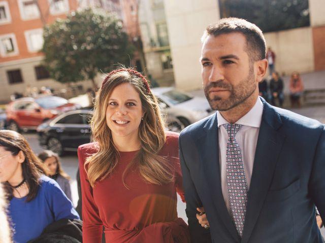 La boda de Blanca y Nacho en Madrid, Madrid 23