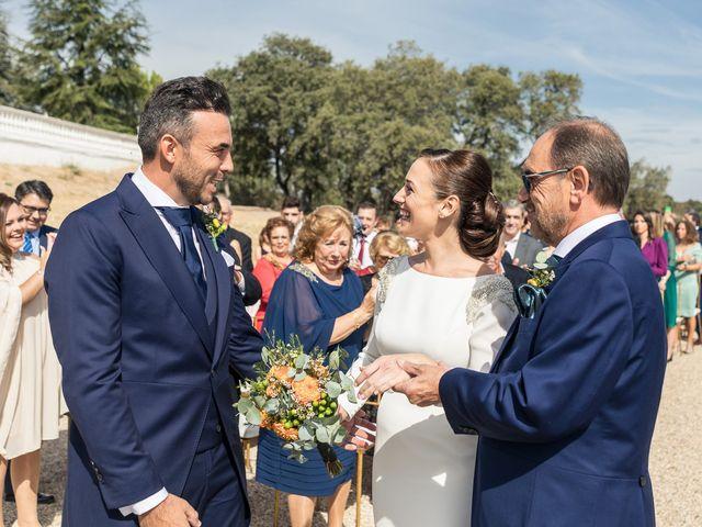 La boda de Sara y Marcos en Torrelodones, Madrid 23