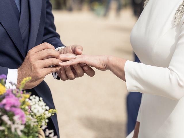La boda de Sara y Marcos en Torrelodones, Madrid 36