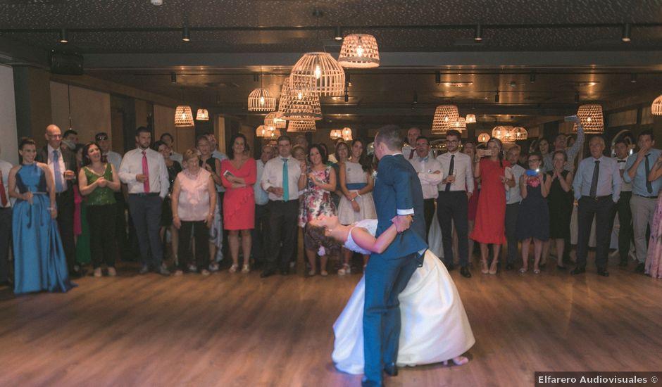 La boda de Diego y Laura en La Caridad (El Franco), Asturias