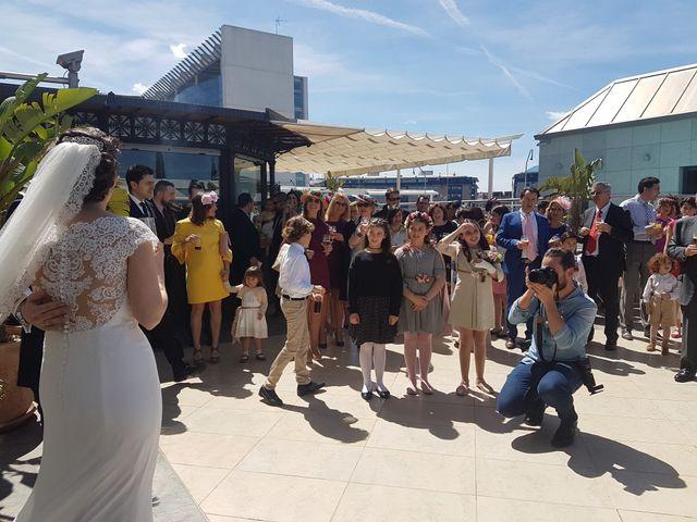 La boda de Antonio  y Irene  en Sevilla, Sevilla 22