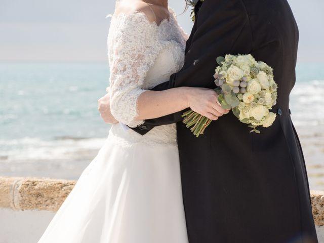 La boda de Víctor y Inmaculada en Cádiz, Cádiz 1