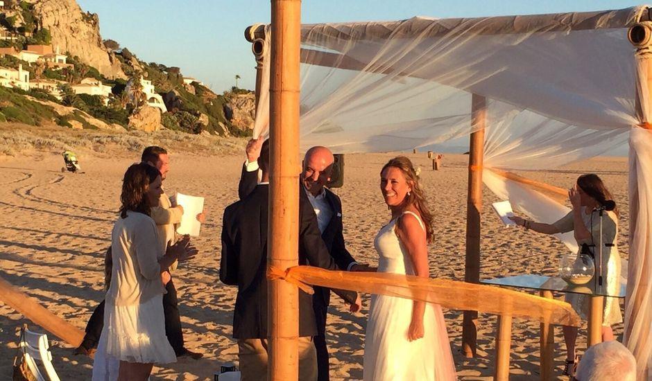 La boda de Esther y Paco en Zahara De Los Atunes, Cádiz
