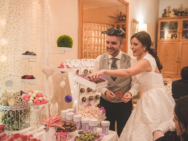 La boda de Adrián y Teresa en Benagéber, Valencia 17