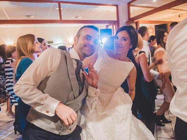La boda de Adrián y Teresa en Benagéber, Valencia 22