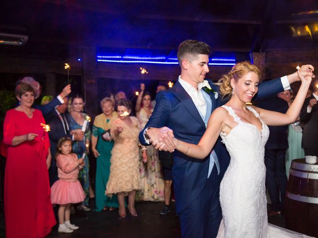 La boda de Oscar y Ana en Aldea Del Fresno, Madrid 18